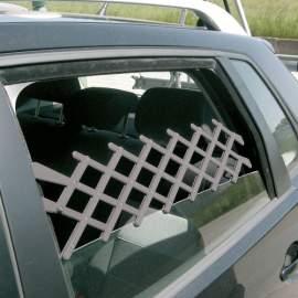 Szellőző rács hátsó ablakhoz